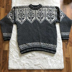 Dale of Norway 100% wool knit sweater size XL